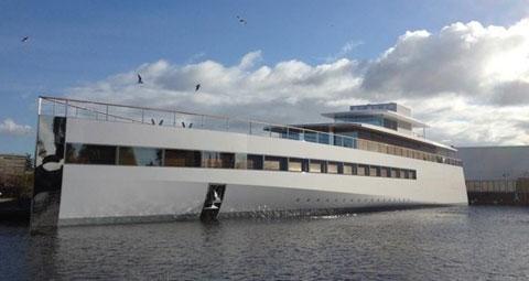 steves yacht