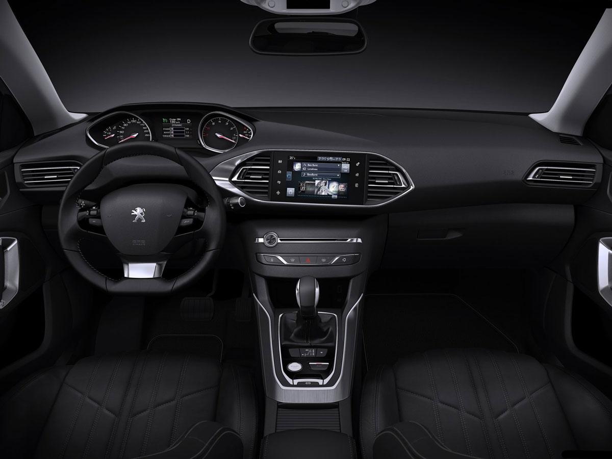 2014-Peugeot-308-SW-Interior