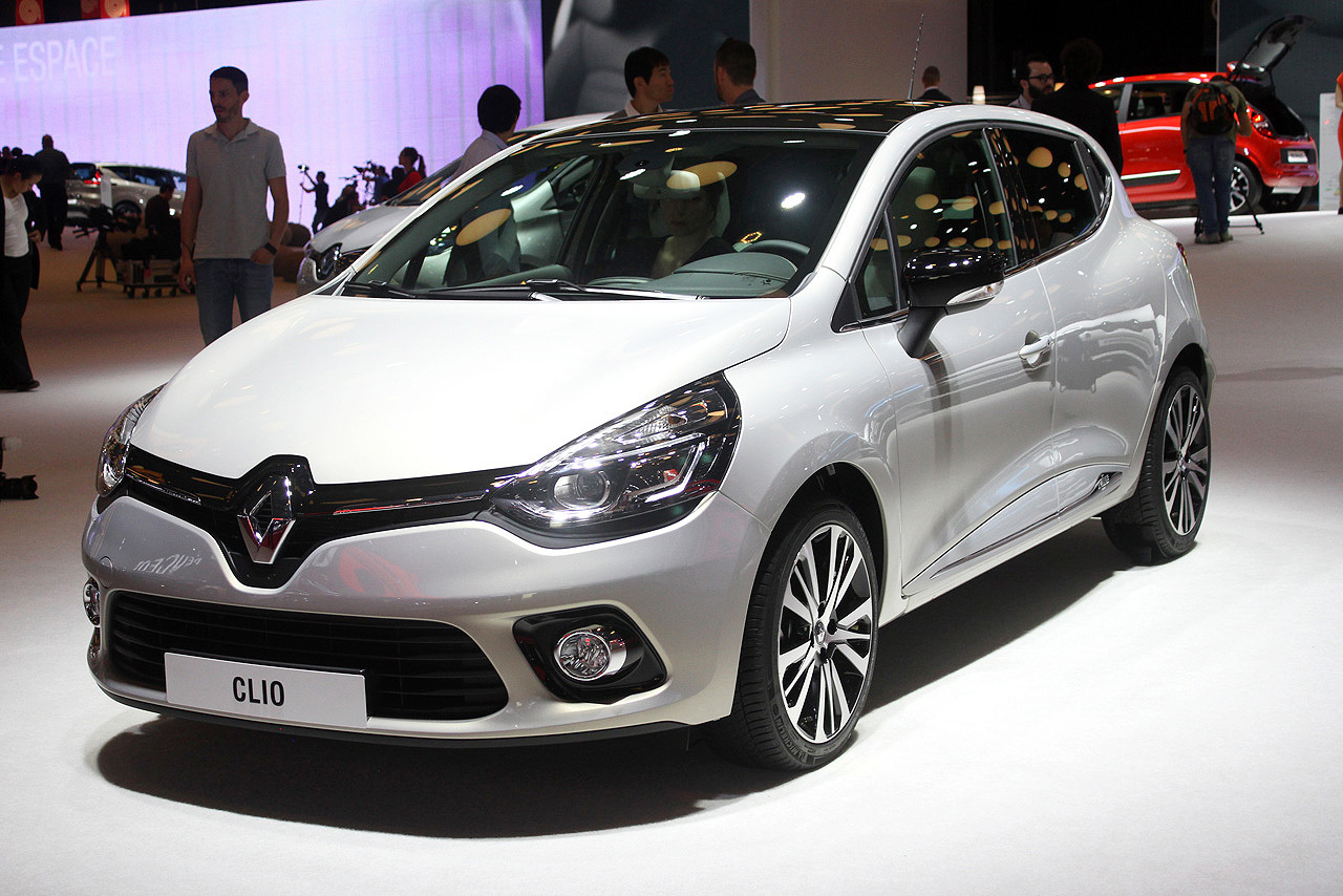 renault-clio-initiale-paris-14