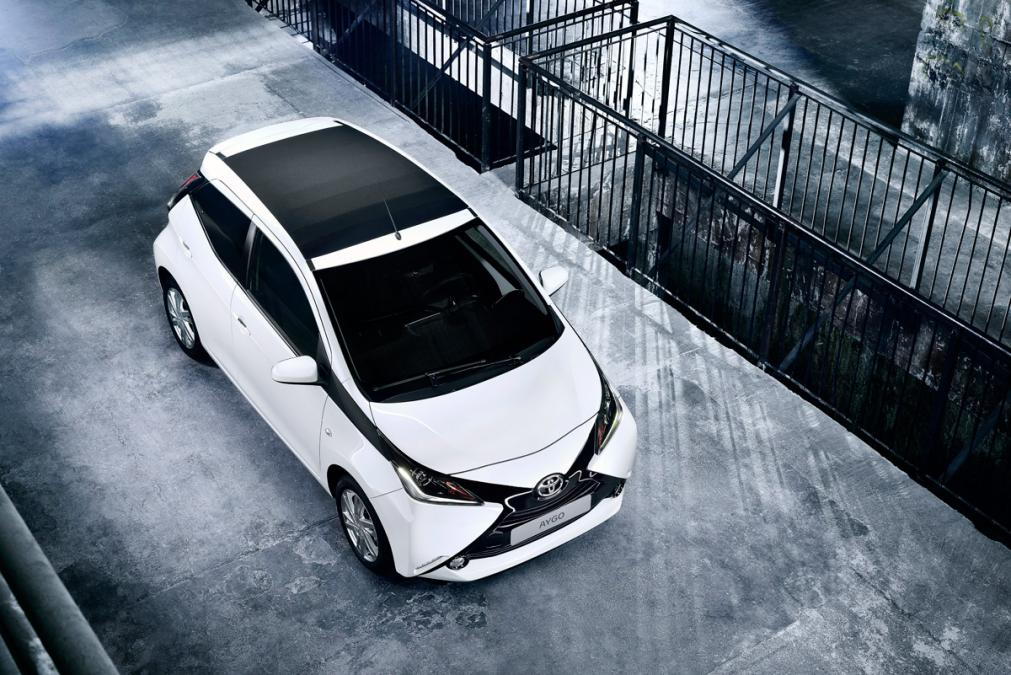 toyota_aygo_wave_roof