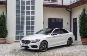 Mercedes_Benz_C450_AMG 4matic