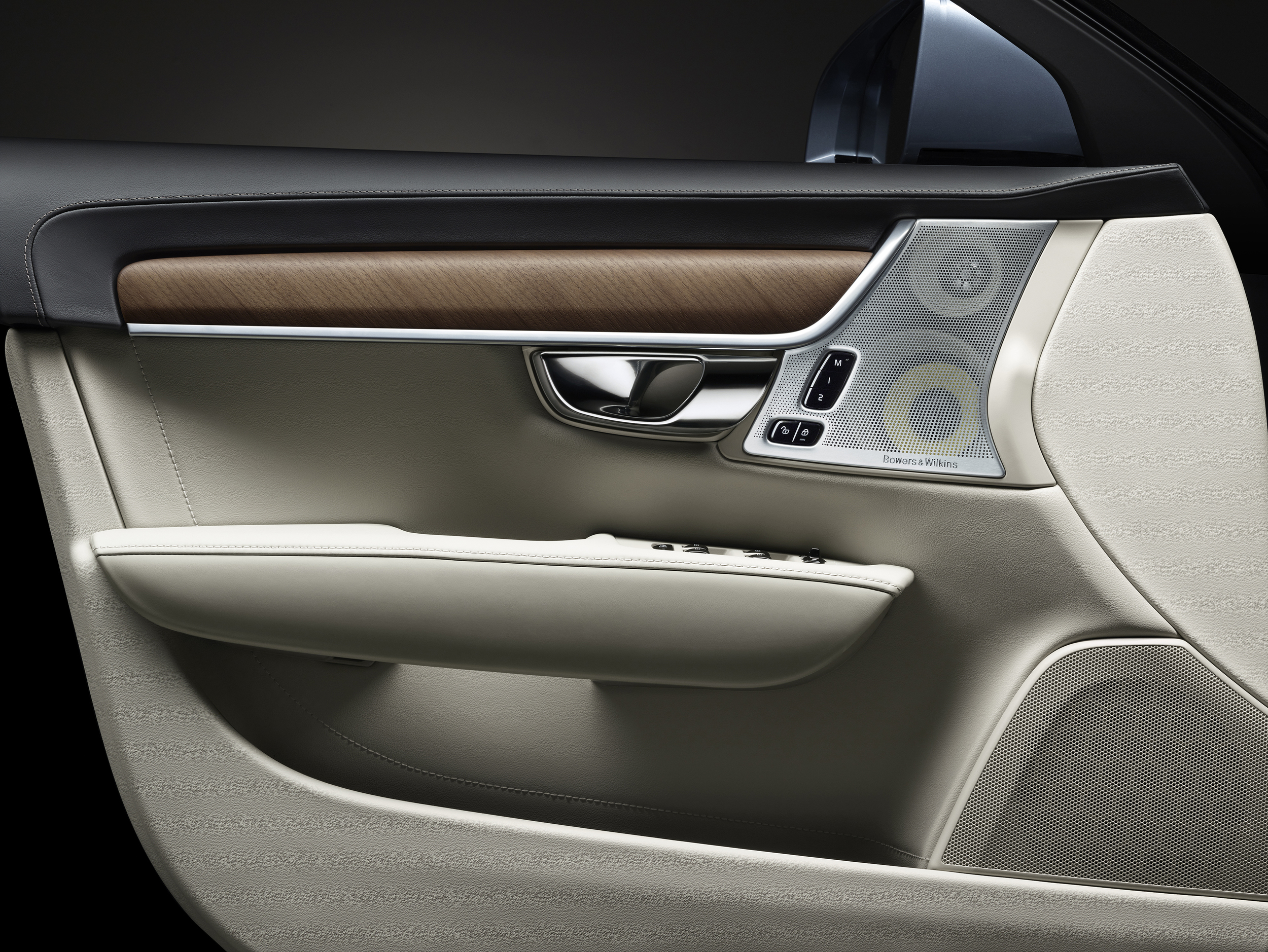 interior-driver-door-volvo-s90-1