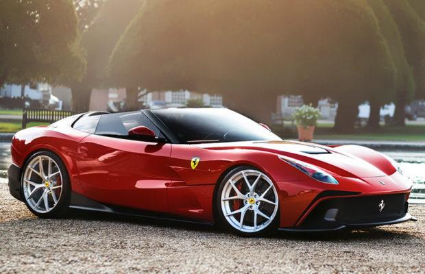 Fräsiga Ferrari F12 TRS 2014